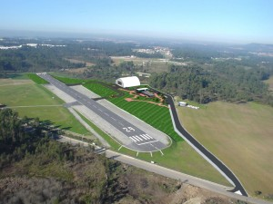 Edifício de Apoio do Aeroclube do Norte e Ampliação de Pista