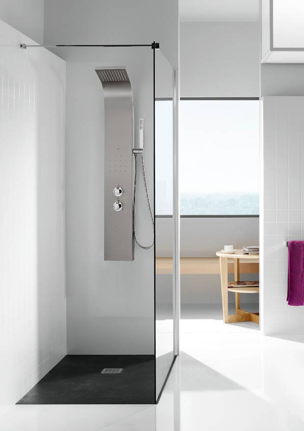 Figura 1- Coluna de duche Essential
