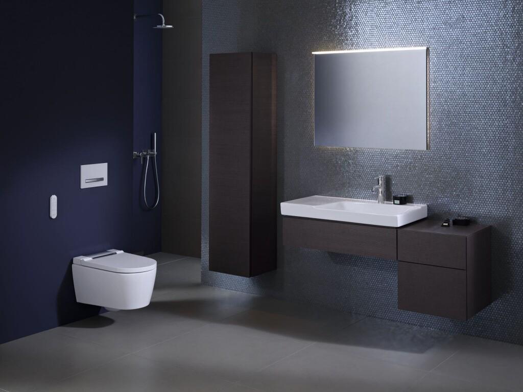 Bathroom 07B B2 AquaClean Sela_bigview